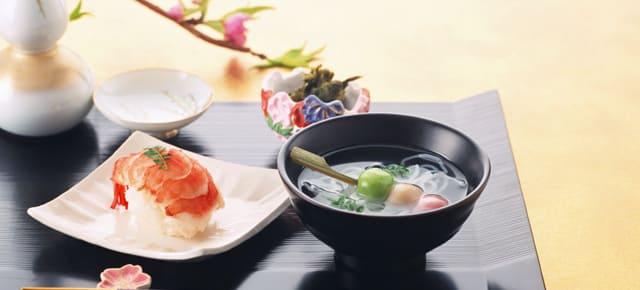通夜の料理―関東(埼玉県・千葉県など)での家族葬・葬儀のしきたりの違い
